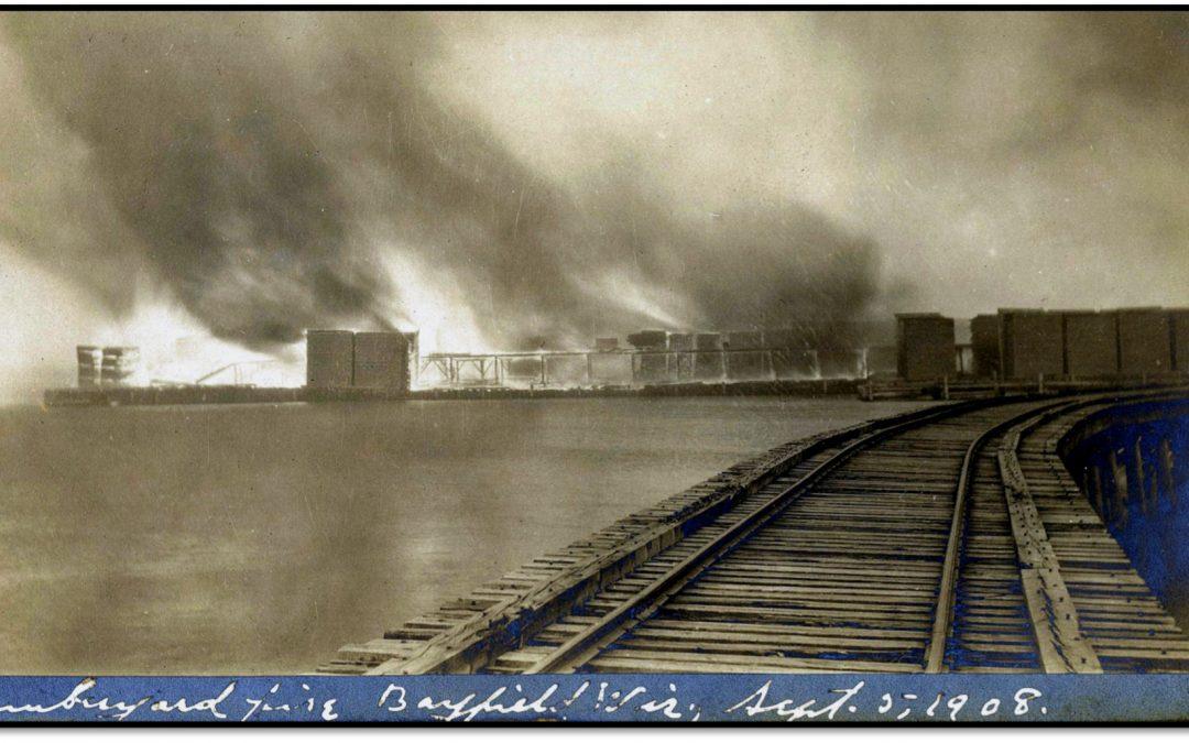 Bayfield Waterfront Dock Fire – 1908