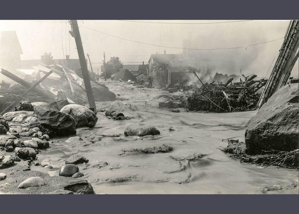1942 Flood - Ravine Alley - 1983.32.29