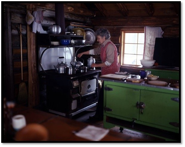Holly Nourse in the kitchen at the Sugar Shack BHA 2010.06.30
